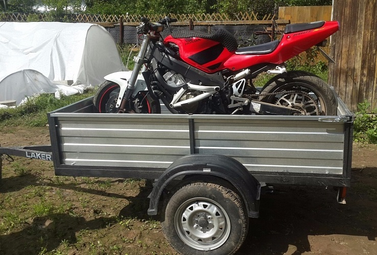 Прицеп для перевозки мотоциклов